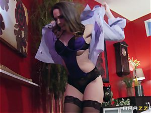 Married lady Chanel Preston gets titfucked and her cootchie boinking by thief