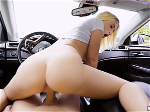 Bailey Brooke porked deep in her vag in the car