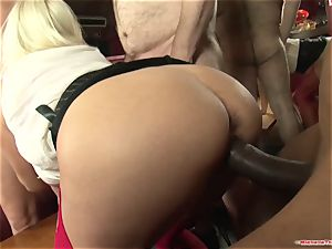 Michelle Thorne and young superslut group sex smash with group