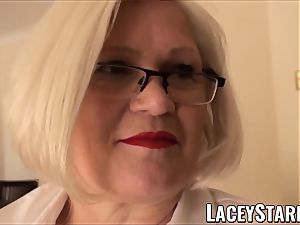 LACEYSTARR - servant GILF booty inserted by Pascal white