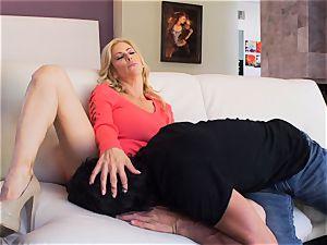 Milffest pt1 Alexis Fawx vagina pumped by Tommy gunn
