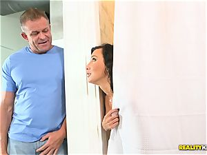 cheating wifey Lezley Zen hammered secretly in the shower by spouse and her lover