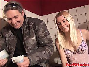 blondie amsterdam call girl cumsprayed by customer