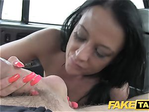 faux taxi Local hooker nails taxi dude