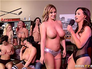 group hook-up with ultra-kinky pornographic stars will make you rigid
