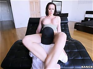 What the fuck! My girlfriend's nasty mummy is taking my hard-on!