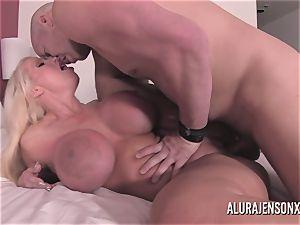 big tit light-haired Alura Jenson ravaging a jumpy customer
