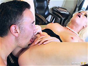 insatiable honey Nikki Delano ball-gagged by fat lollipop