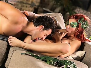 forest dame Aidra Fox puts partying on hold for her boy