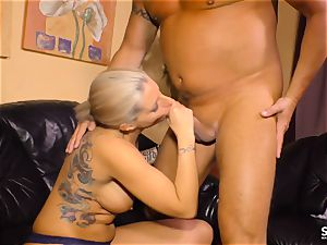bang-out tape GERMANY - tattooed new-cummer in hot German shag