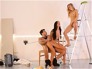LOS CONSOLADORES - wonderful Sasha Rose in steaming 3some