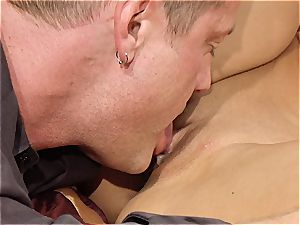 fantastic milf Kayla Carrera is thirsty for new meat