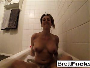Brett Rossi takes a torrid bathtub that makes her real nasty