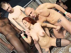casting ALLA ITALIANA - bi-racial sex with Luna Oara