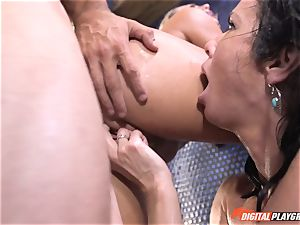 Veronica Avluv gets involved with her stepdaughters kinky hookup idea