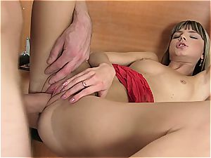 youthful Gina gets her fuckbox ripped open